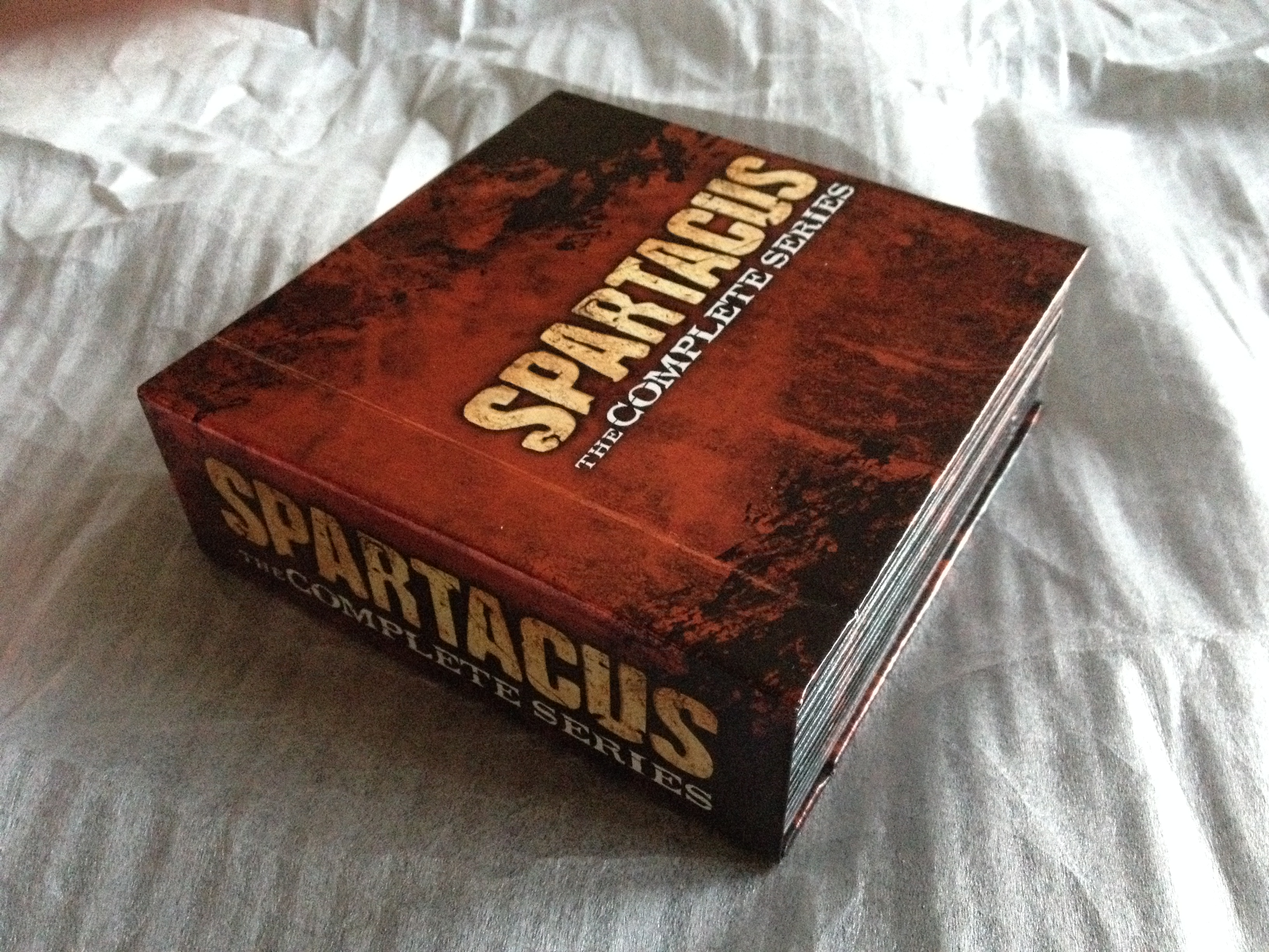 a look inside spartacus the complete series blu ray. Black Bedroom Furniture Sets. Home Design Ideas
